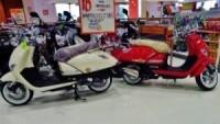 Italika scooters in Playa Del Carmen