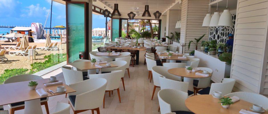 breakfast at Mamitas Beach Club