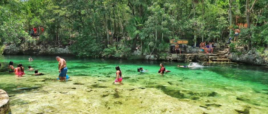 What is the best month to go to Playa Del Carmen?