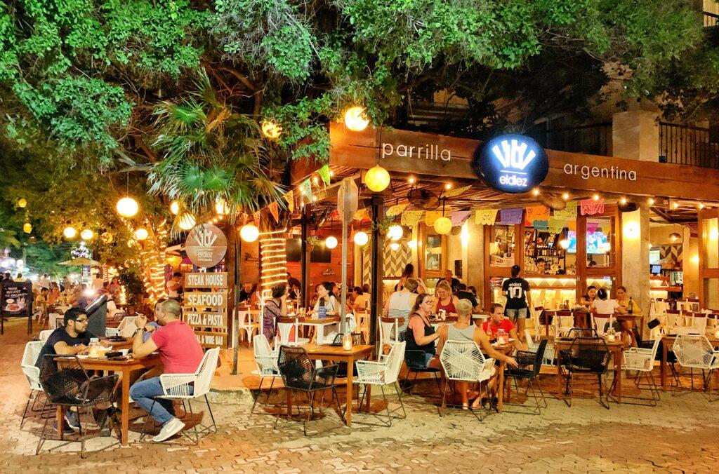 El Diez Restaurant
