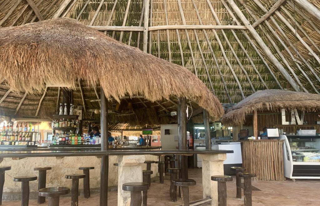 The bar of Lolha Restaurant
