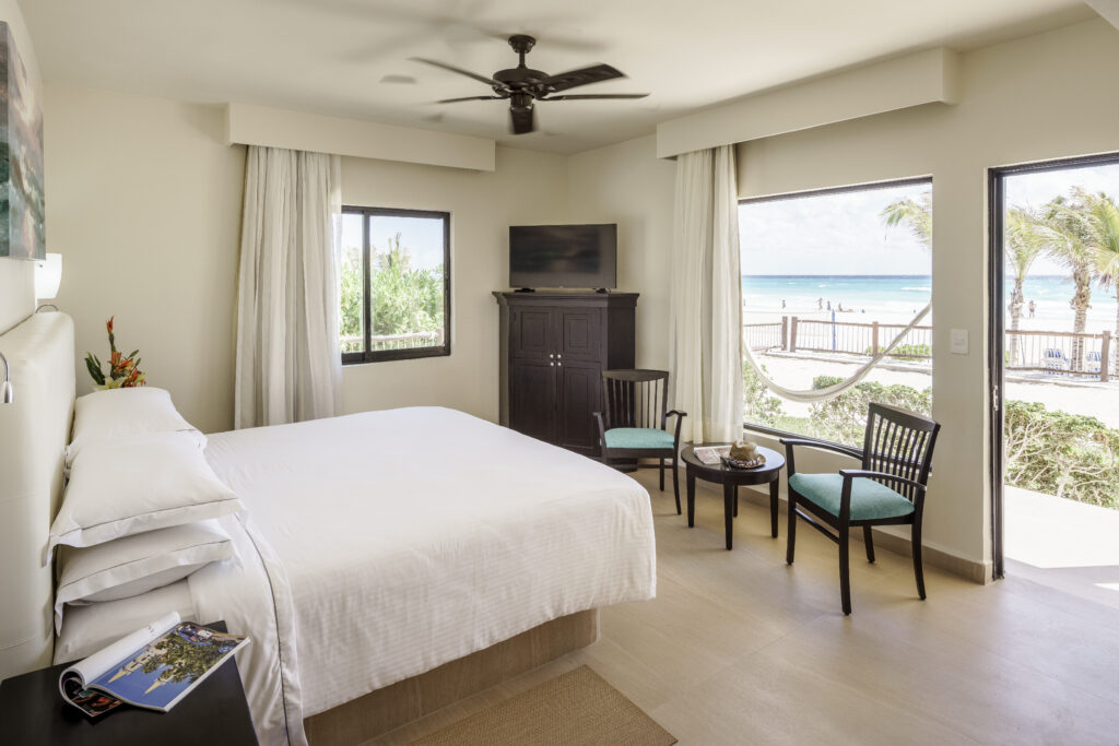 Allegro Playacar room