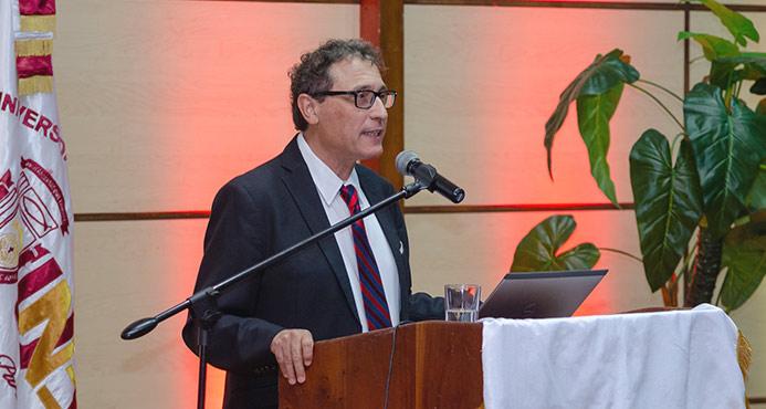 Dr. Adolfo D. Roitman