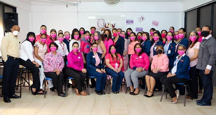 participantes Mujer maravillosa empodérate de tí