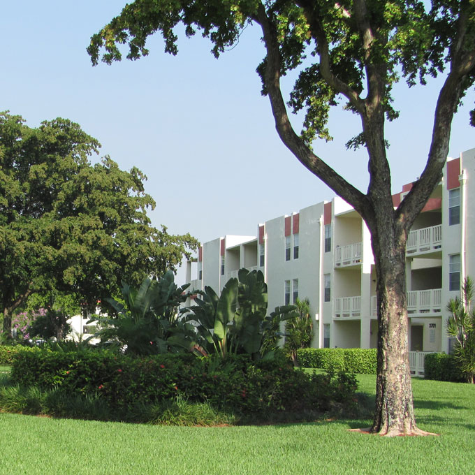 Cambridge Square Apartments Lauderdale Lakes - Lauderdale Lakes, Florida