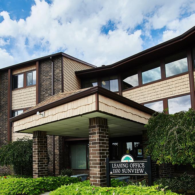 Suntree Apartments - St. Johns, Michigan