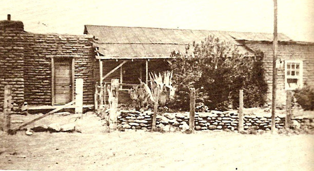 Historic Lowe House in 1915
