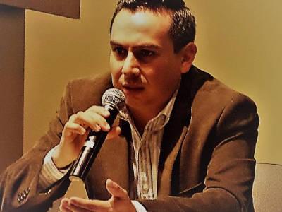 Luis Guel, Latin American Studies