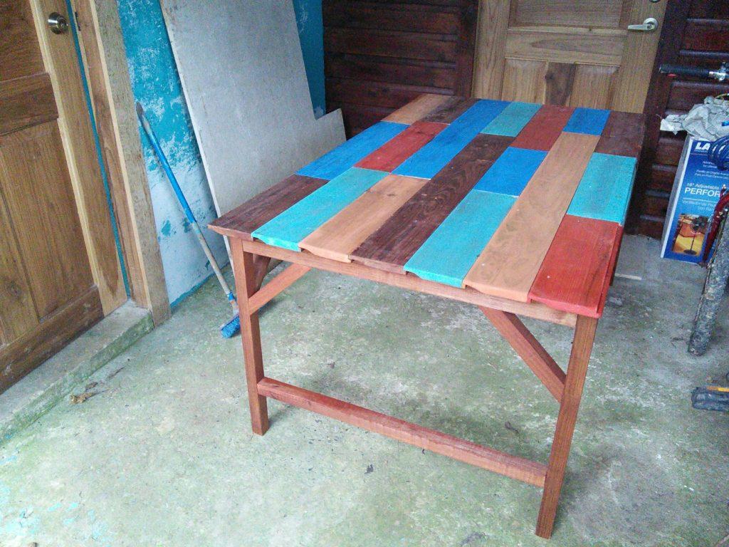 Pallet patchwork table