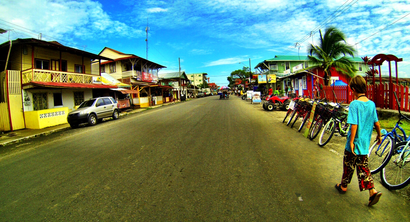 Street view of Bocas Town