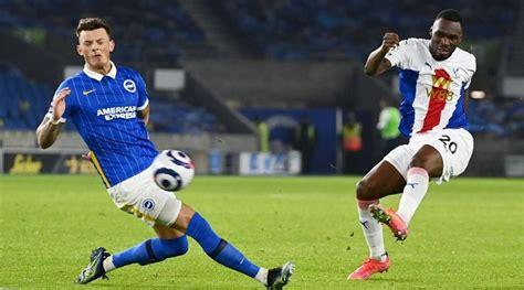 Christian Benteke's last-gasp goal hands Crystal Palace win over Brighton