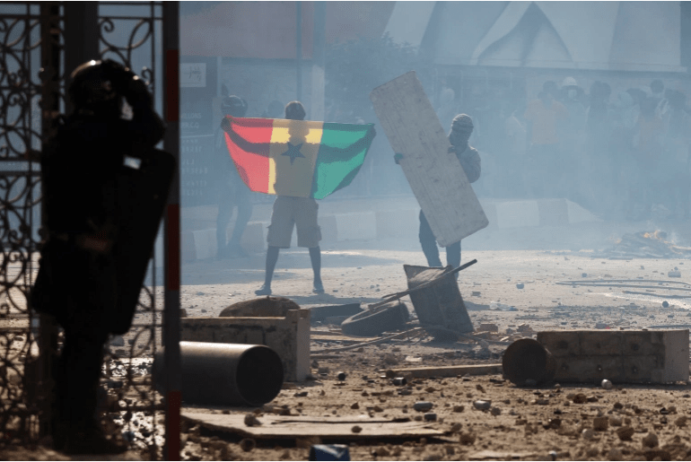 Senegal clashes kill one after opposition leader arrested