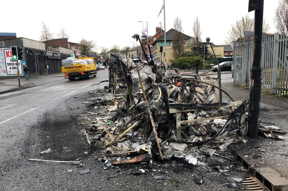 Belfast: Stormont ministers 'gravely concerned' after fresh violence