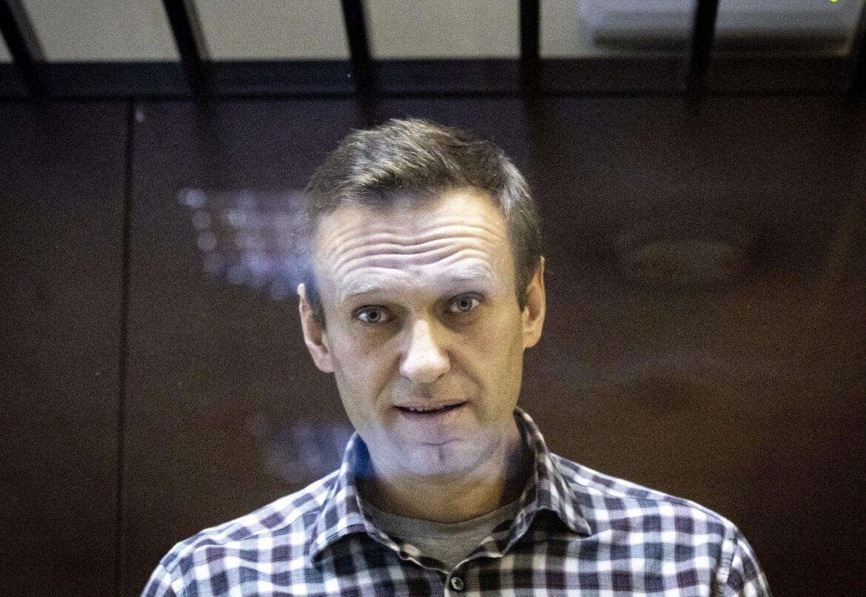 Jailed Kremlin critic Navalny moved to sick ward, tested for coronavirus