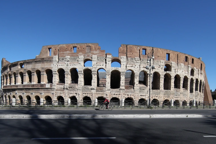 Italy plans new floor for 2,000-year-old Colosseum