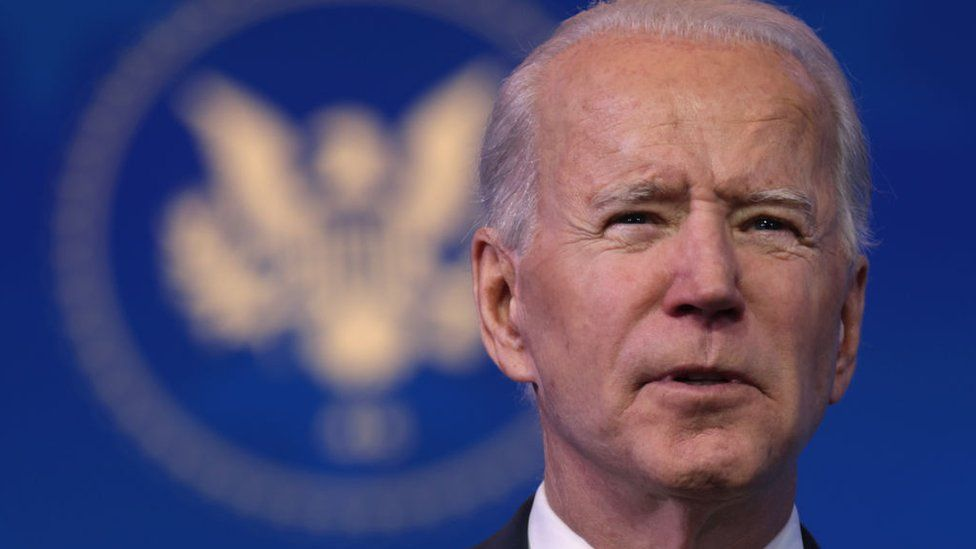 Russia hacking claims pose challenge for Biden