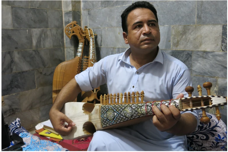 Fleeing Afghan musicians stuck in limbo in Pakistan