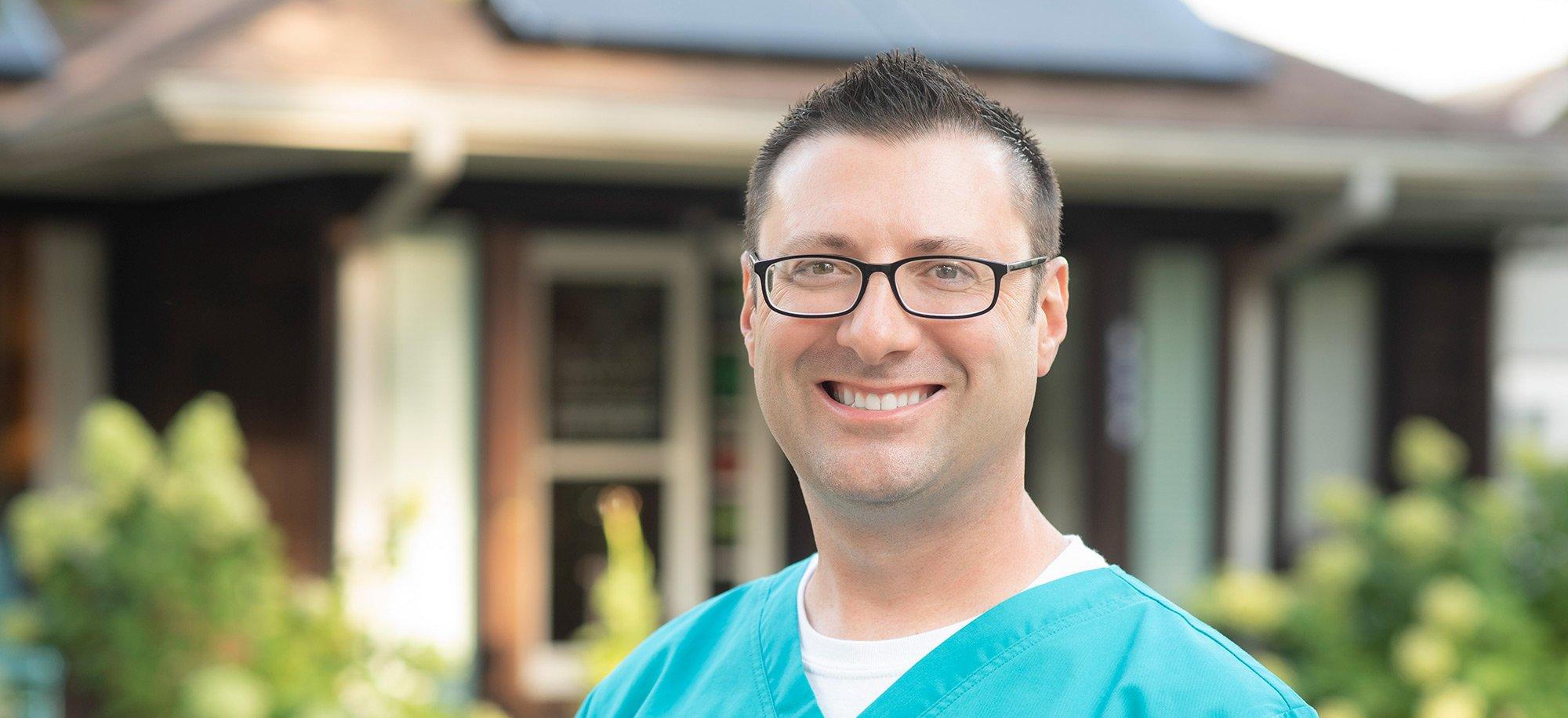 Brad, Dental Assistant