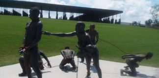 Statue of slaves in chains