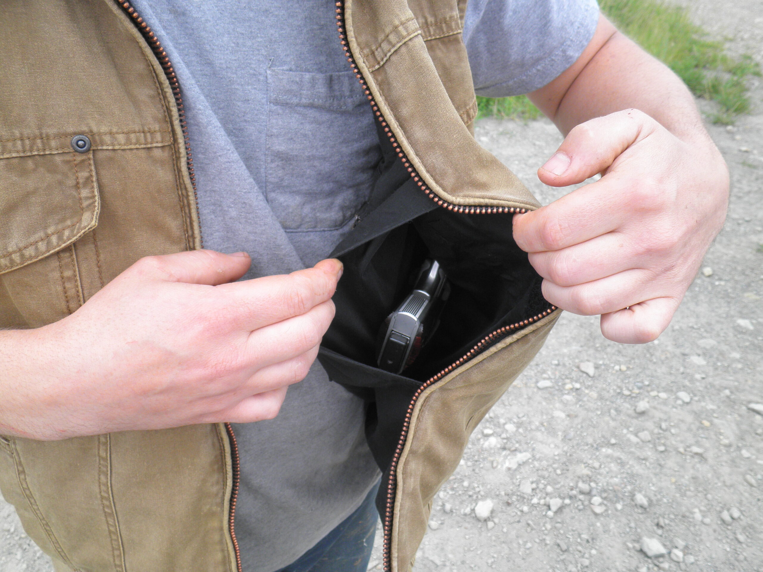 How to Make Homemade Attire for Concealed Carry