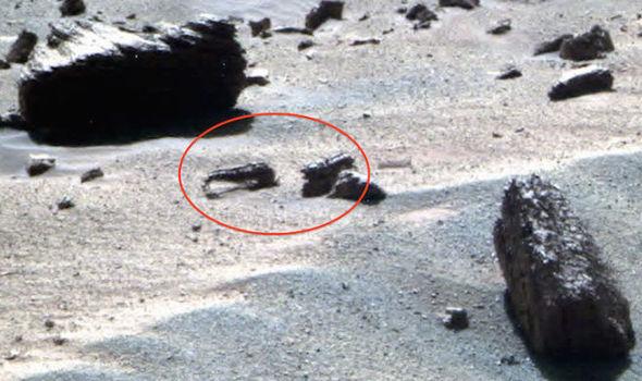 "Did NASA Direct Mars Rover to Purposely Destroy Mars ""Dinosaur Skull?"""