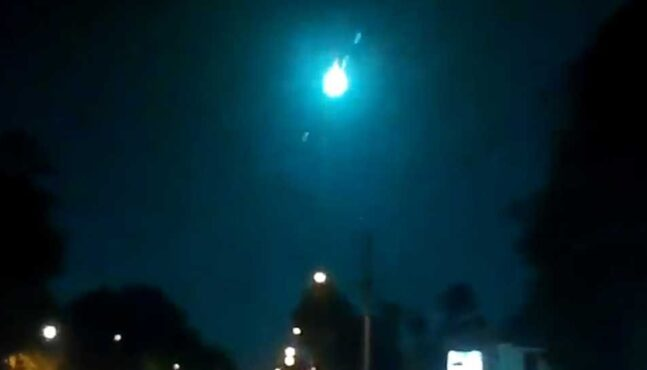 Meteor in Flames Fell From the Sky in Florida