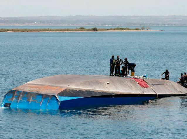 How One Man Survived 3 Days Beneath a Capsized Ferry