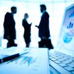 Three Investment Experts discuss Lifecycle Funds.