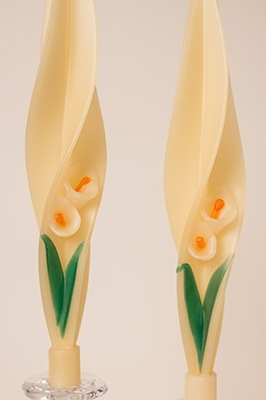 Cala Lilly Candle-twised Beeswax Candles