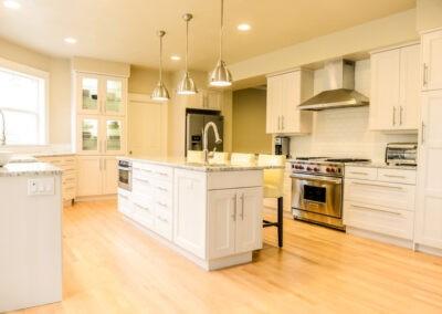 River Pointe Dr – Kitchen Remodel
