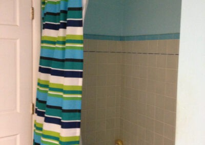 Photo of the bathroom before the remodel