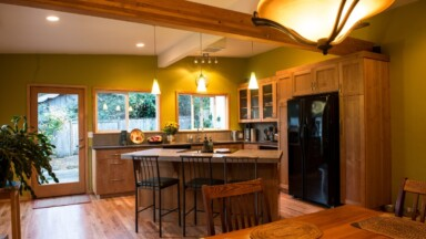 Photo of finished kitchen remodeling project