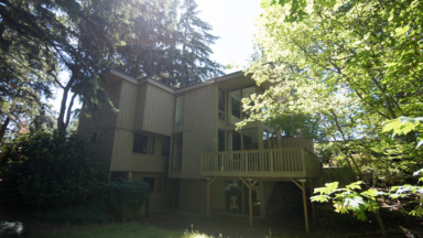 Residential home exterior before the remodel