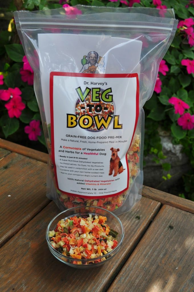 Healthy dog food mixes.