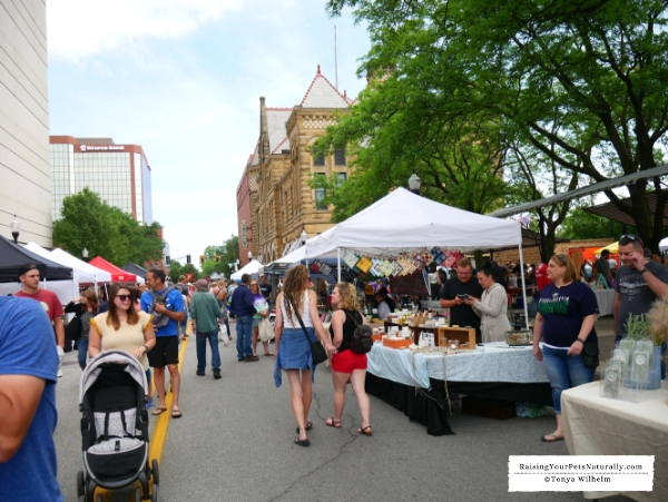 Larger farmers markets in indiana