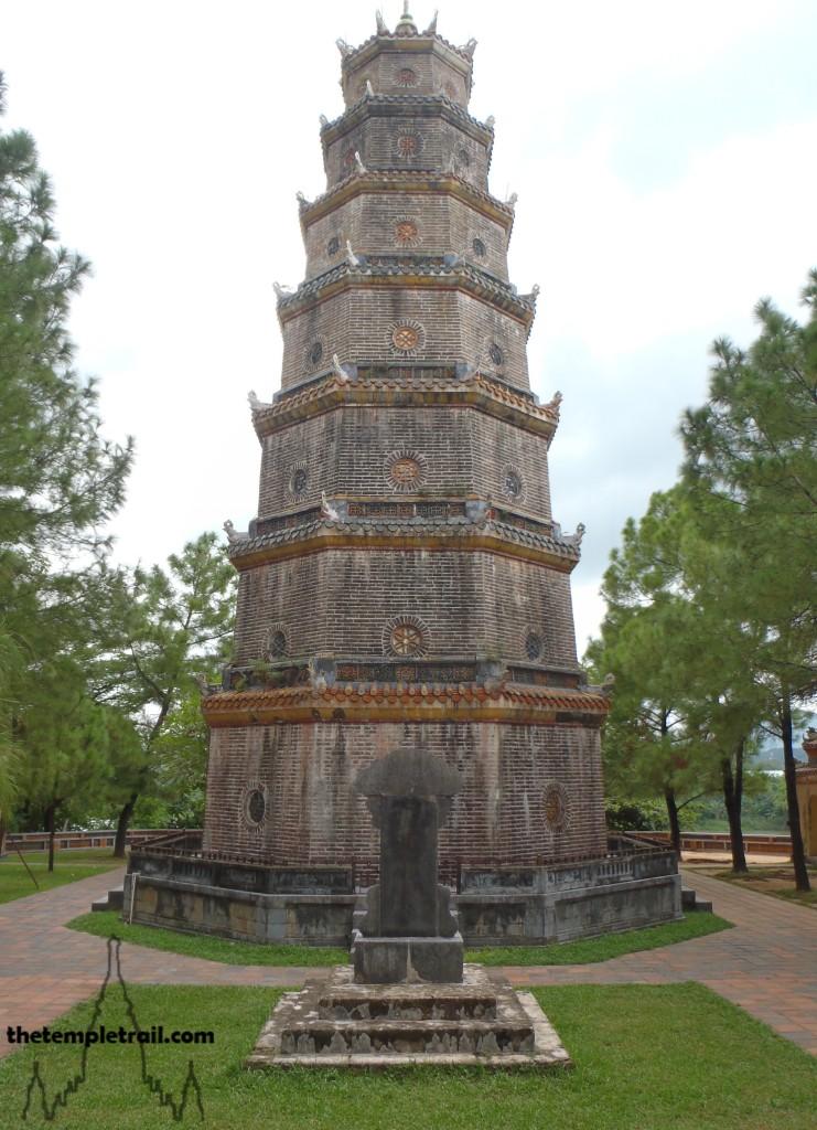Thiên Mụ Pagoda, Hue