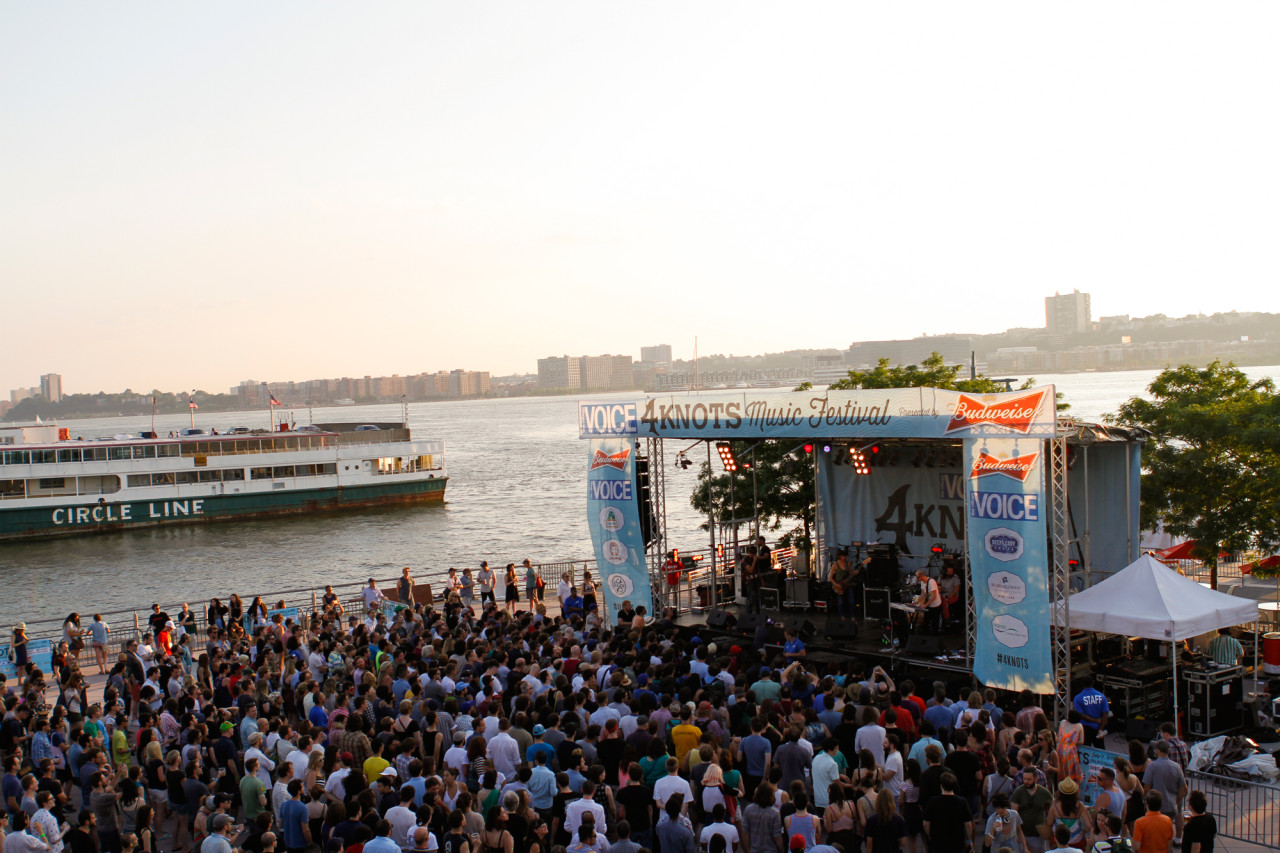 Stephen Malkmus and the Jicks performs at Village Voice's 4Knots Festival at Pier 84 in New York, NY on July 11, 2015. (© Michael Katzif – Do not use or republish without prior consent.)