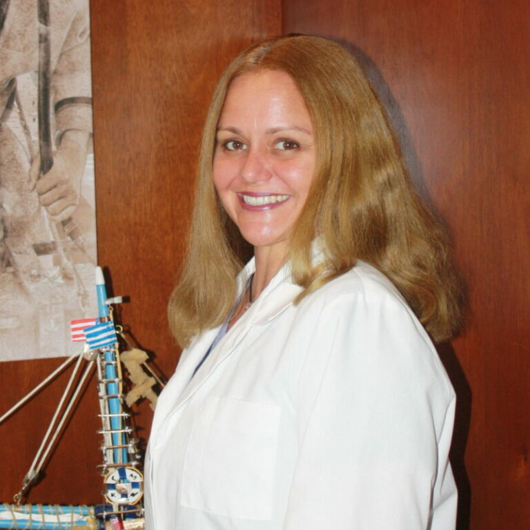 Dr. Jennie L.Yates, D.C. of Spine and Joint Center in Tarpon Springs