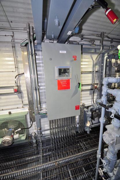 CB04-Chameleon-2500-Oil-Battery-with-VRU-Compressor-Roska-DBO-Rental-scaled