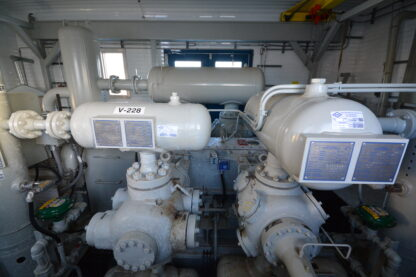 CB10-Ariel-JGJ4-Electric-400-HP-Compressor-Roska-DBO-Rental-A1-scaled
