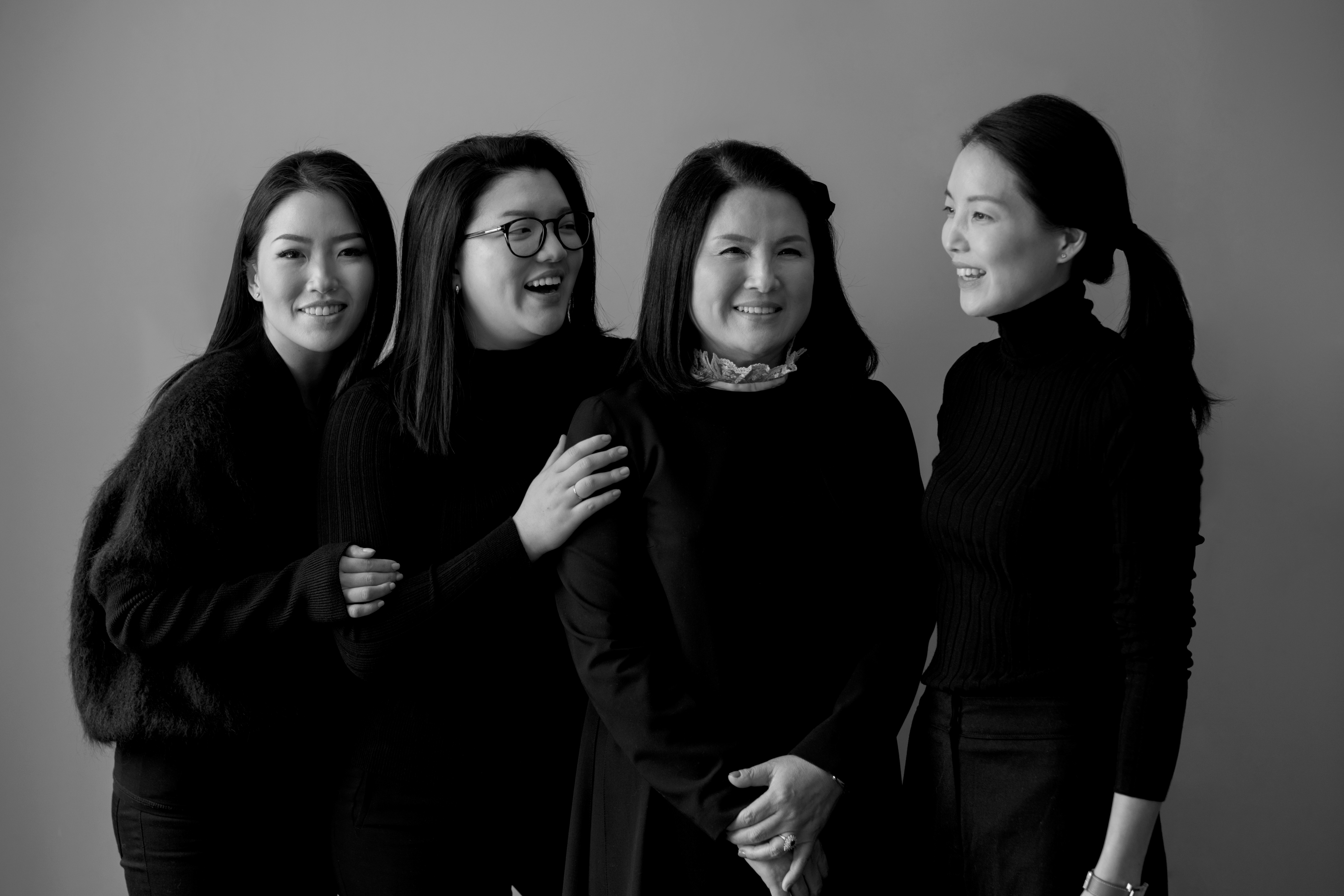 Hannah Kim, Joanna Lee, and Rebekah Ma with their mother Hun Young Lee