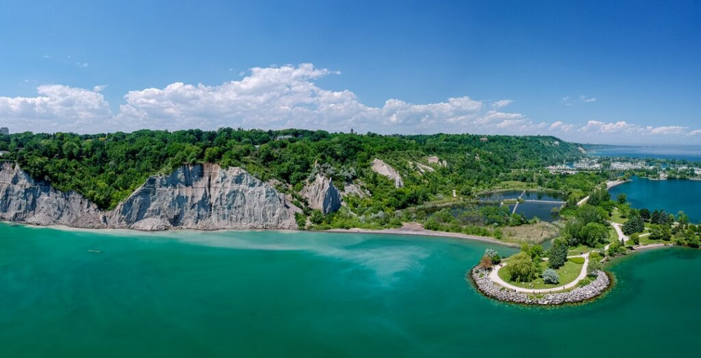 Aerial view of Scarborough Bluffs in Toronto