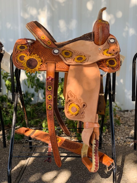 <p><b>PRE-ORDER ONLY</b></p> Sunflower barrel saddle