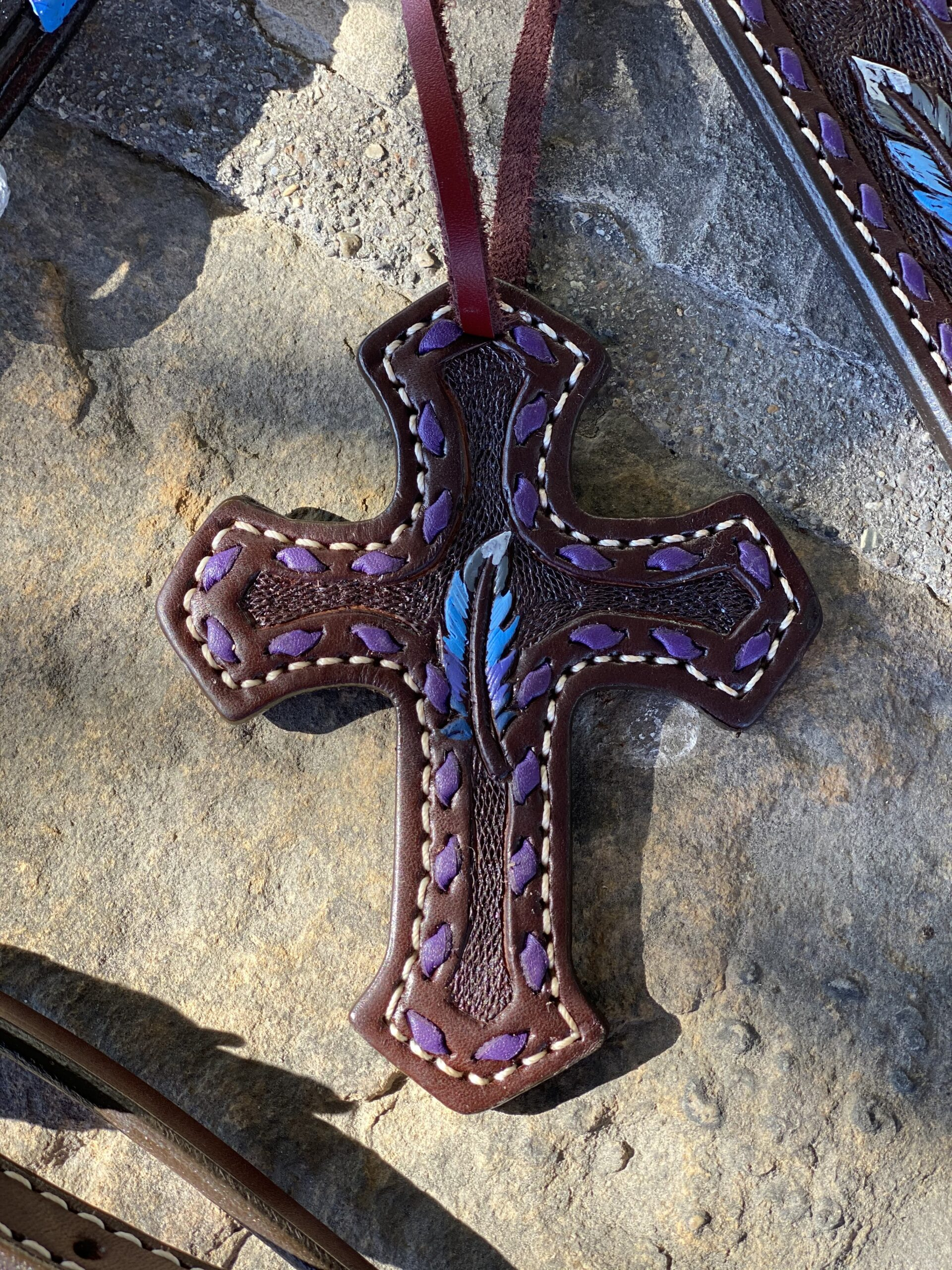 108-2 feather cross
