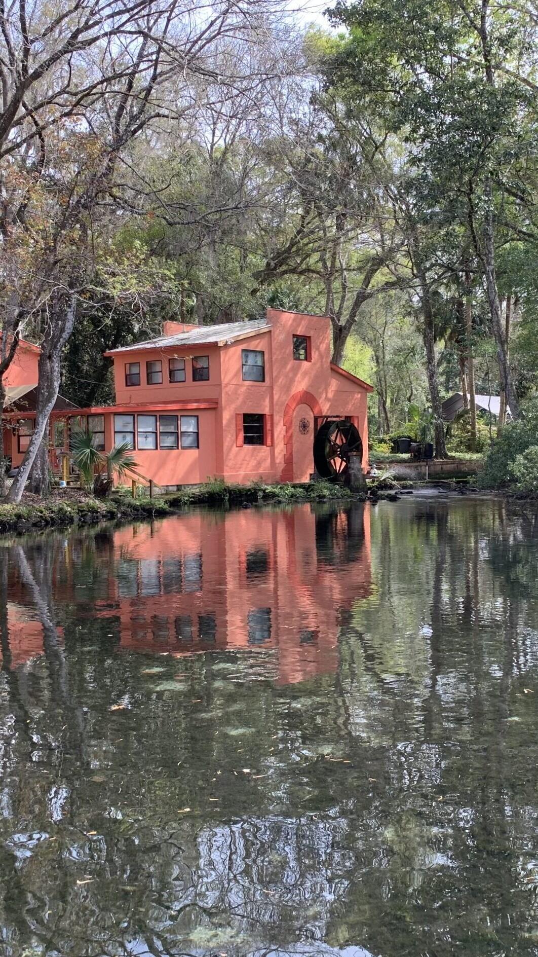 Homosassa River Home