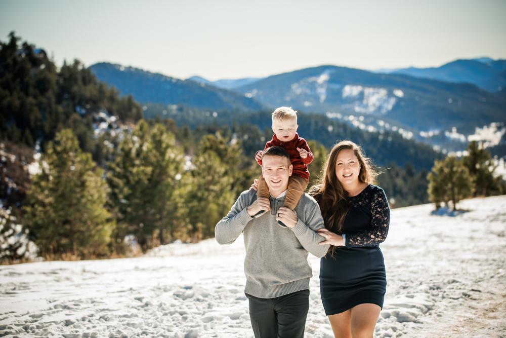 Family photo at Mt Falcon in Colorado