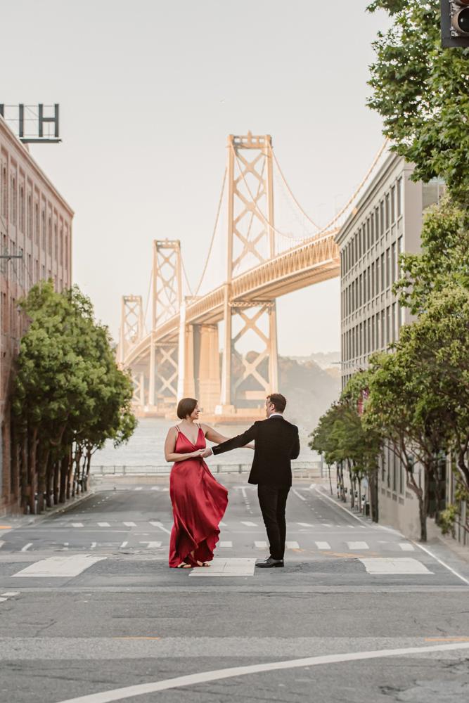bay-bridge-sunset-engagement-photography