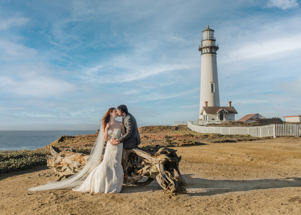 lighthouse elopement photography