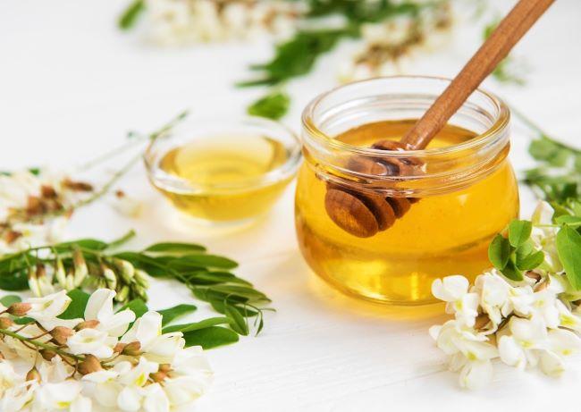 mascarilla hecha en casa de miel para la piel
