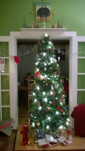 christmas tree 2014 with presents